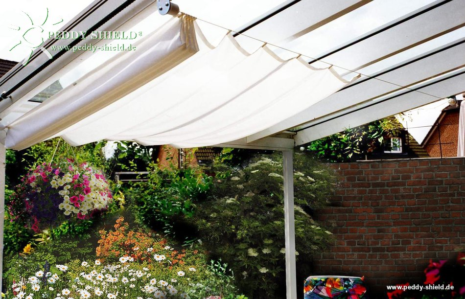 beschattung terrasse mit sonnensegeln in seilspanntechnik. Black Bedroom Furniture Sets. Home Design Ideas