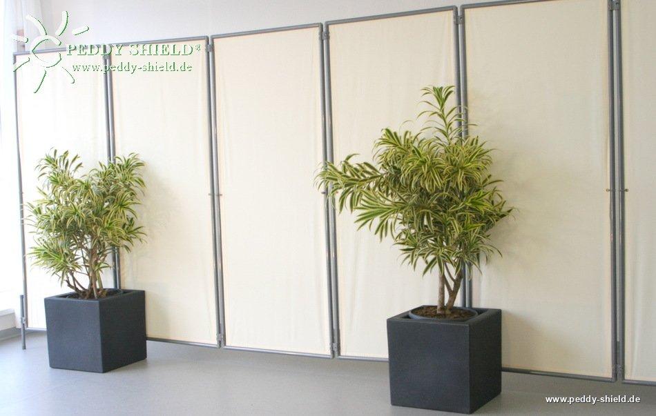 fotogalerie hohe standfestigkeit f r mobilen sichtschutz paravent mit angestecktem planzgef. Black Bedroom Furniture Sets. Home Design Ideas