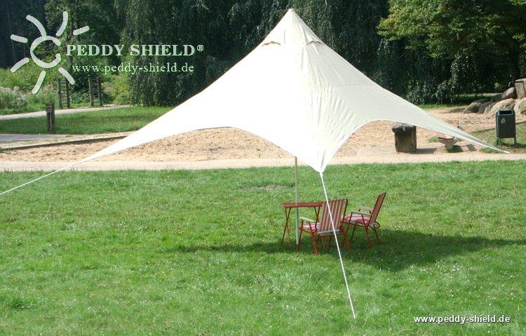 fotogalerie camping freizeit sonnensegel pyramide sonnensegelviereck 4x4 m sandfarben ein. Black Bedroom Furniture Sets. Home Design Ideas